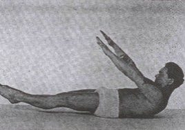 Joseph Pilates demonstrating the 100